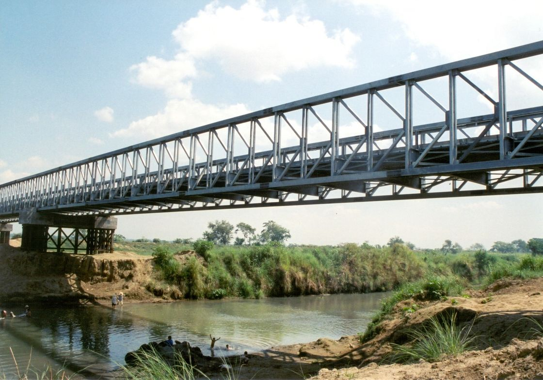 Professional Steel Structure Bridge / cantilever truss bridge Long Life