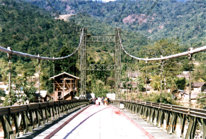 Permanent Assembly Steel Cable Suspension Bridge Simple structure